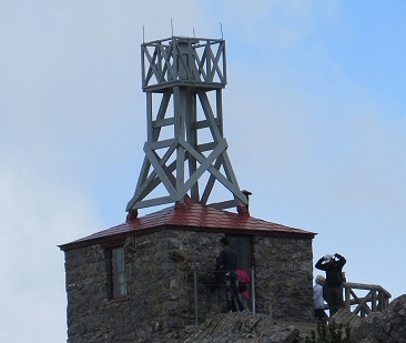 old weather station on Sanson peak